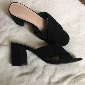 Ann Taylor black mule sandals